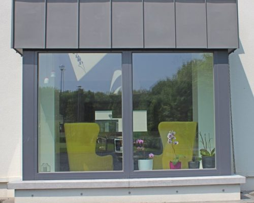 Contemporary-windows-Aluminium-Clad-Tilt-Turn-Zyle-Fenter-10.1-1024x921
