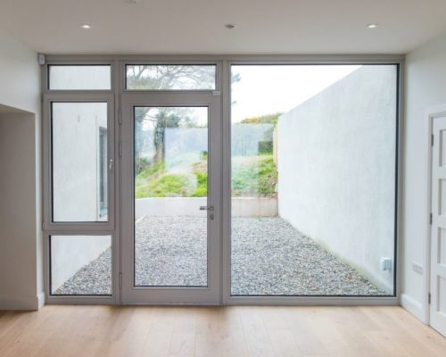 Contemporary-windows-Aluminium-Clad-Tilt-Turn-Zyle-Fenter-3-1024x680